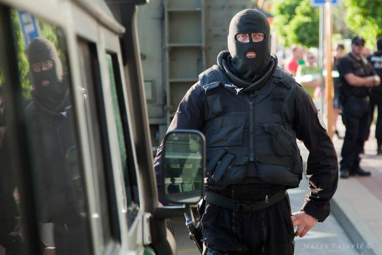 Photo Reporter | Special Police Unit | in black balaclava | Slovakia