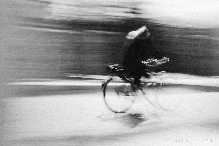 poetical documentary reportage photographer Vienna | bicycle