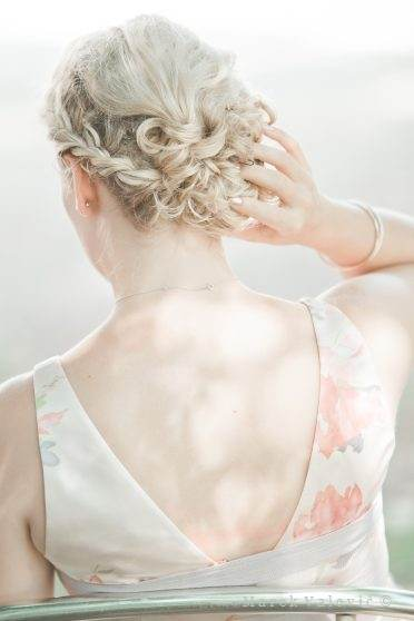 details - hair style