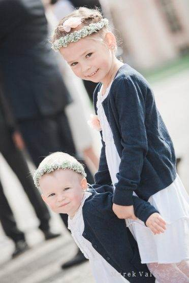 kids on wedding in blue