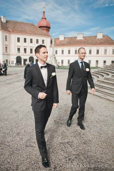 groom on Stift Goettweig