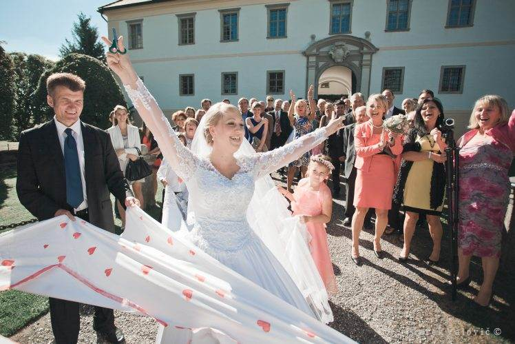 wedding traditions - Schloss Altenhof - Austria
