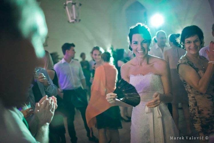 wedding dance - bride - Schloss Halbrurn Burdenland Austria