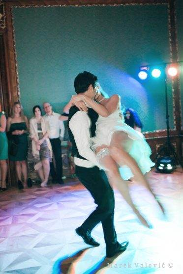 wedding - crazy first dance - Schloss Hetzendorf Vienna