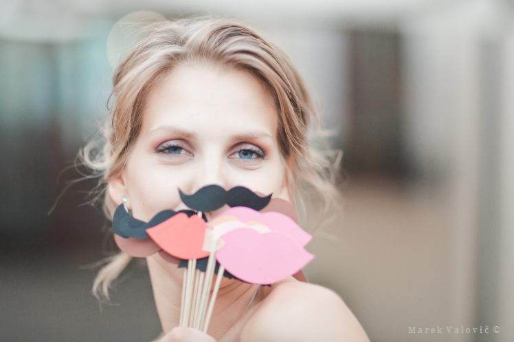 wedding paper mustache wedding idea DIY