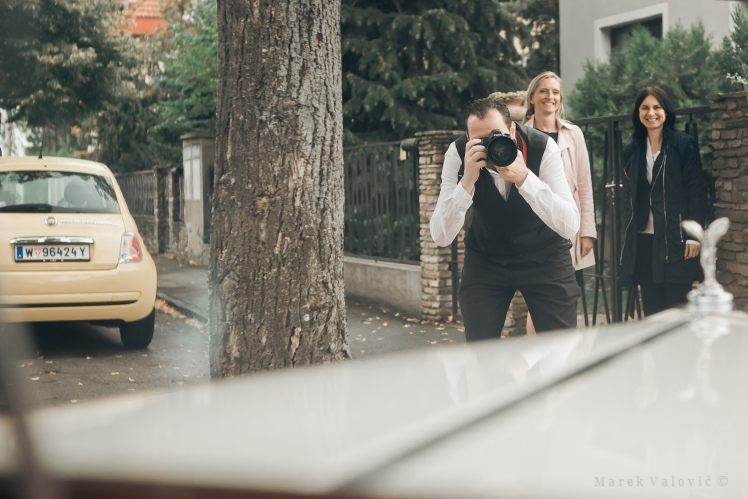 wedding photographer and rolls roice - Vienna Wedding
