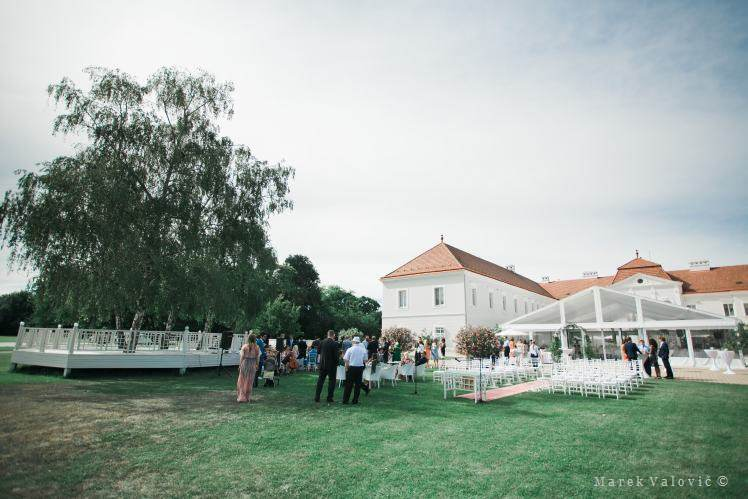 photojournalistic wedding photography - Kastiel Tomasov