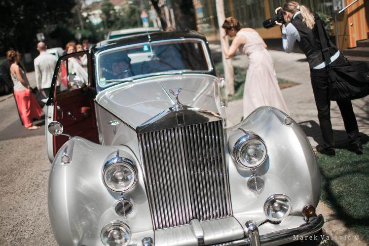 Rolls Royce and wedding photographer - Vienna