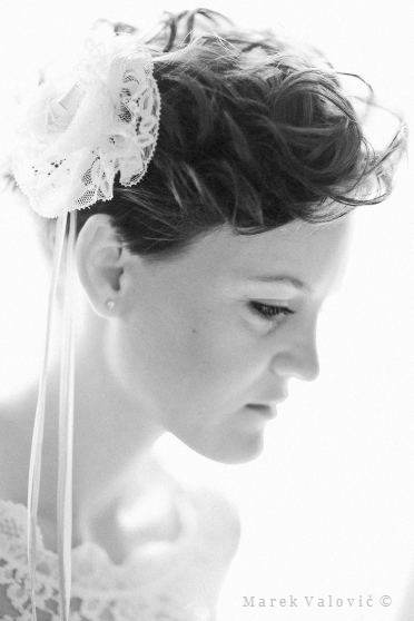 wedding photography bride - black and white wedding photo